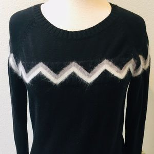 CASLON Black Gray White Viscose Chevron Pullover